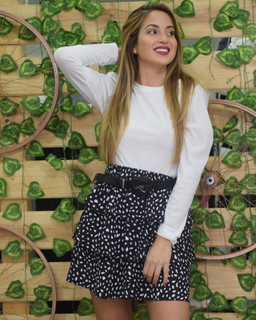 Falda Volantes